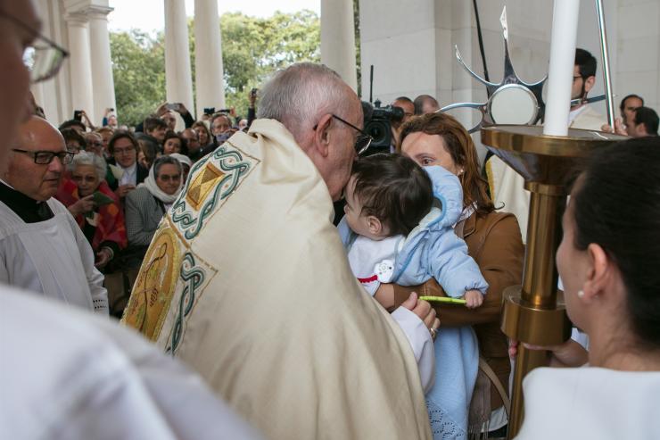 Papa aos doentes: vós sois um