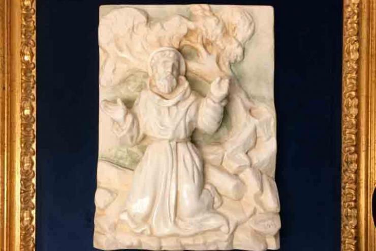 Papa ofereceu imagem de S. Francisco de Assis à Capela do Ar